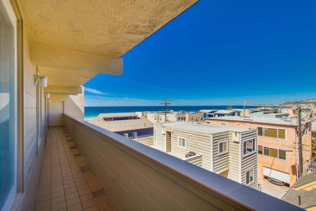 Top Of The Beach Apartments For Rent In San Diego