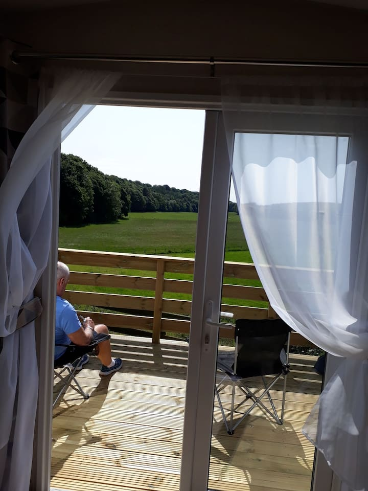 Outstanding view with no interruptions. Only the sound of the birds. Wild deer pheasants grouse and bunny rabbits.