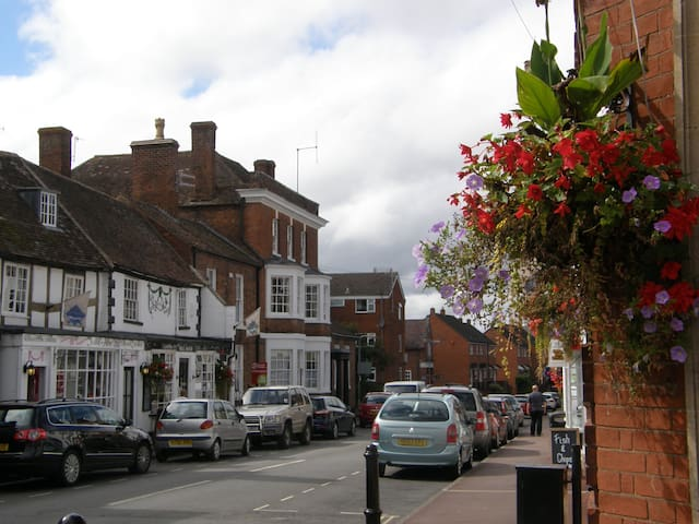 Historic apartment in Upton-upon-Severn