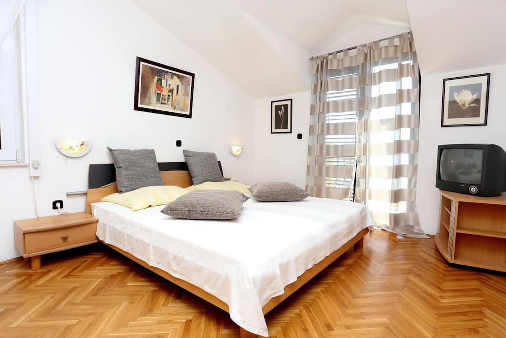 Bedroom, Surface: 19 m²
