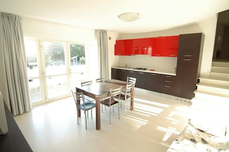 Modern Apartment 1 - Lignano Sabbiadoro