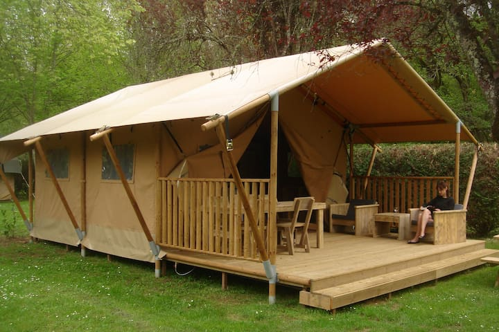 Glamping tent op 3 sterren camping