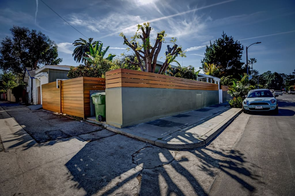 Three bedroom, two bath house in upscale area of Venice CA
