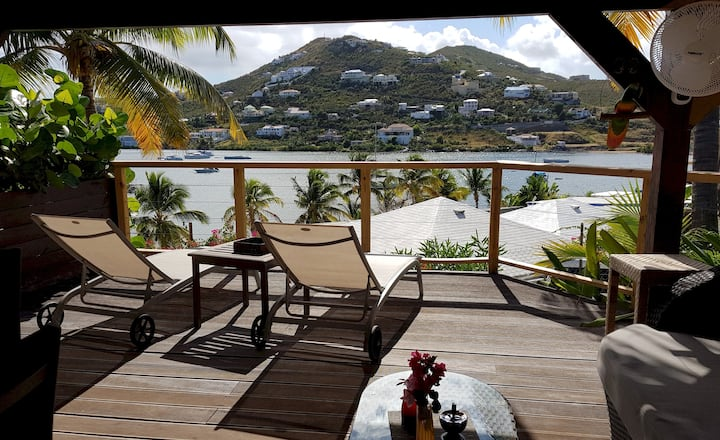 LES BALCONS D'OYSTER POND BUNGALOW N°3 WITH EXTRA LARGE TERRACE POOL LEVEL