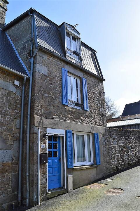 One Bedroomed Village Cottage / Townhouse