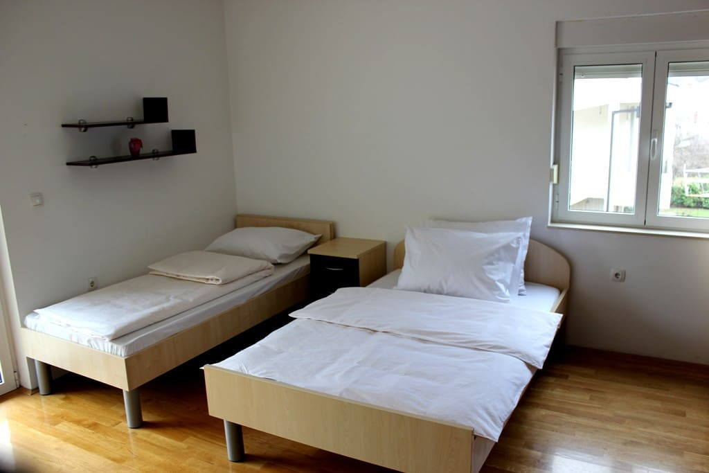 Room 2+1 with view on Neretva river