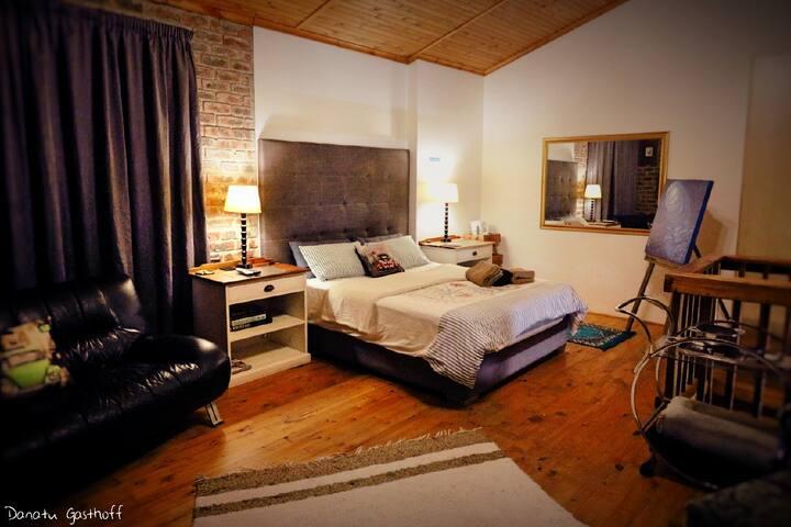 Mandela VIP Suite