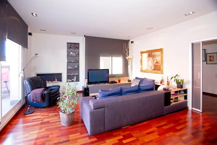 Spectacular Modern Uptown Duplex  - Barcelona - Lägenhet