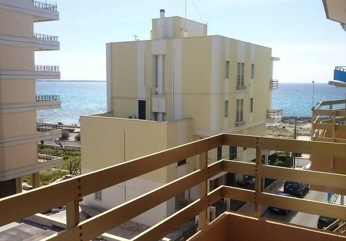 Lido san giovanni flats for rent in gallipoli puglia italy for Centro soluzioni airbnb