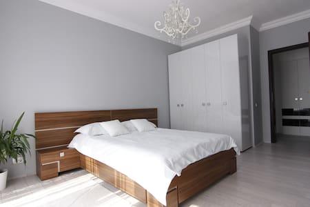 Tampa Gardens Luxury Penthouse - Brașov - Wohnung