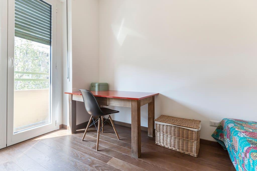 private desk