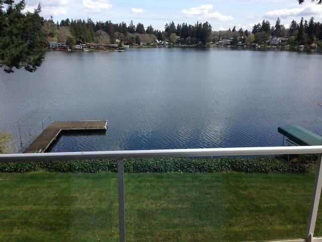 Family lakehouse- great 4 US Open - Lakewood