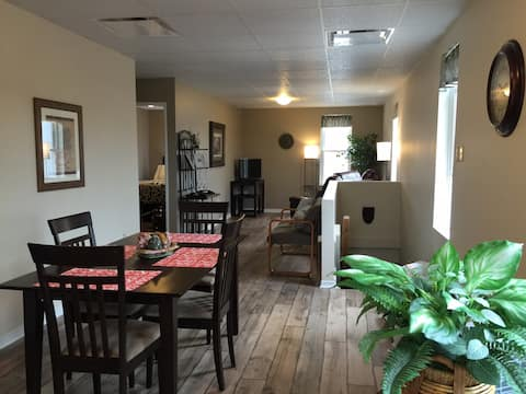 INGERSOLL, ON. -  Bright, Clean and Spacious Apt
