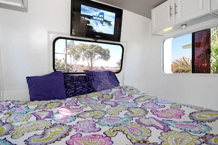 Great RV/nearMISSION BAY/ FREE WIFI - San Diego - Autocaravana
