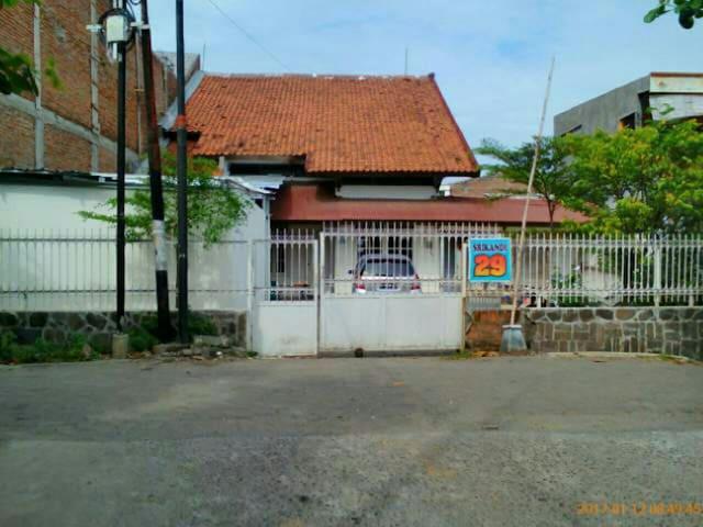 Rumah tengah kota yg sejuk - semarang - Casa
