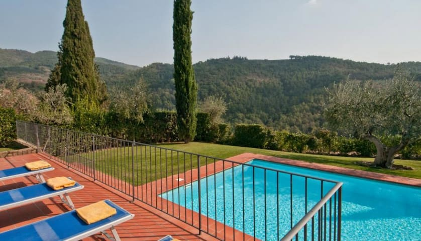 5 bd, gardens, views, terraces - Castelfiorentino - Villa