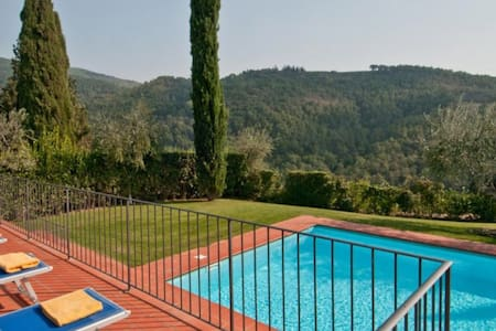 5 bd, gardens, views, terraces - Castelfiorentino