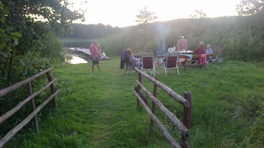 Agroturystyka nad jeziorem Białym - Potopy - Hus