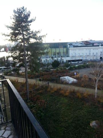 vue sur le Lac et face au  casino - Enghien-les-Bains - Apartamento
