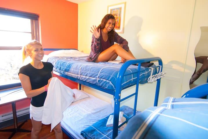 Discount Coed Dorm-Ocean Island Inn