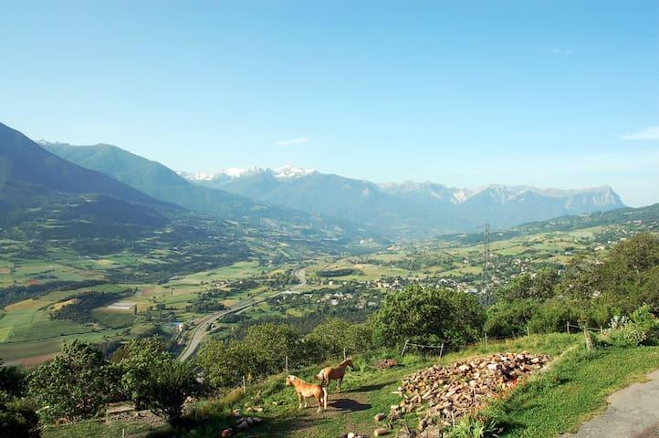 chambre double - Châteauroux-les-Alpes