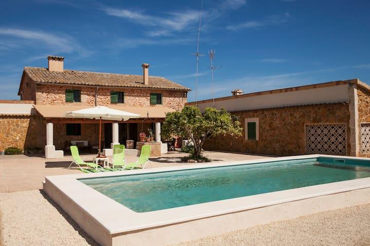Fantastic cosy Majorcan villa - Son Ferriol