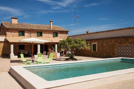 Fantastic cosy Majorcan villa - Son Ferriol - Hus