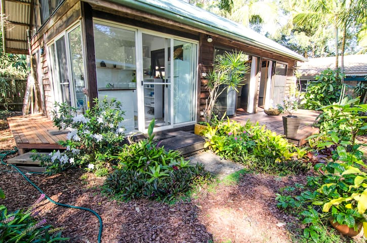 Byron Bay Yoga Homestay Garden Room