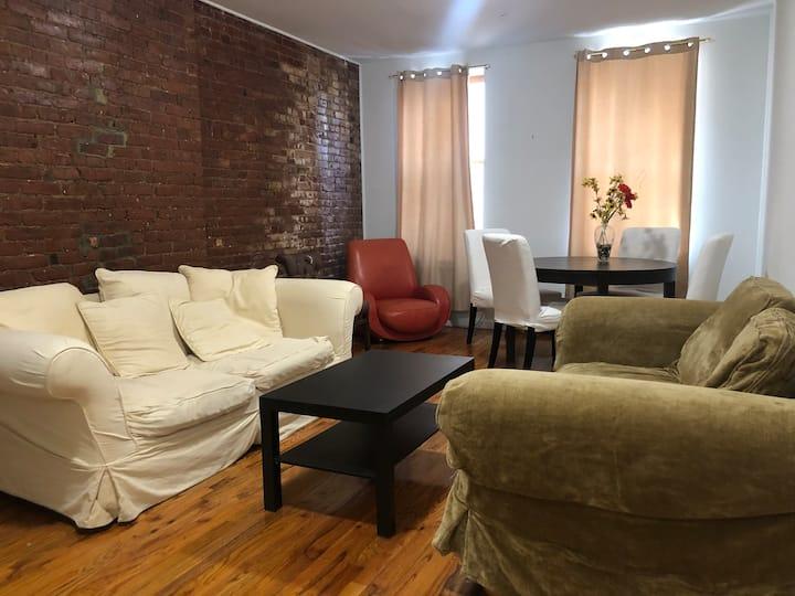 One Bedroom Apartment in Upper Manhattan