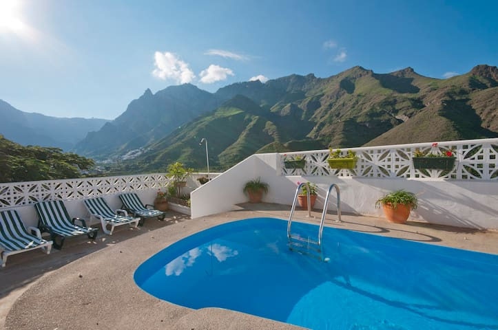 Holiday cottage, private pool in Agaete (GC0364)