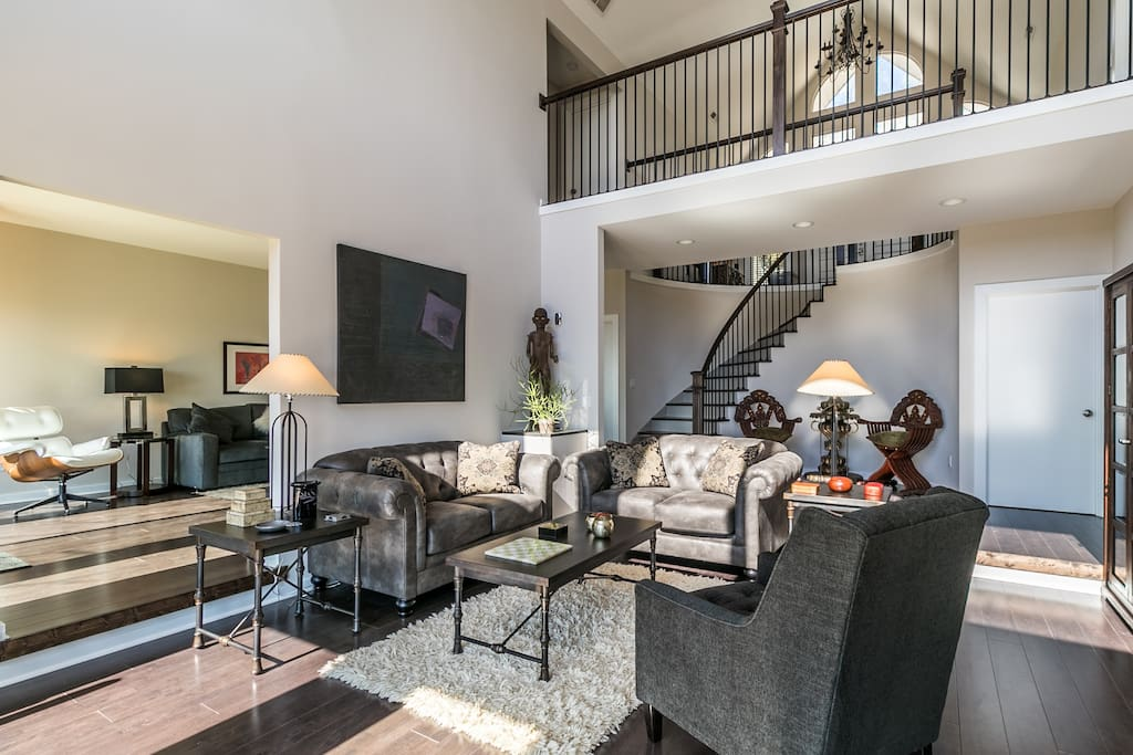 Relaxing living room and spacious entertaining spaces.