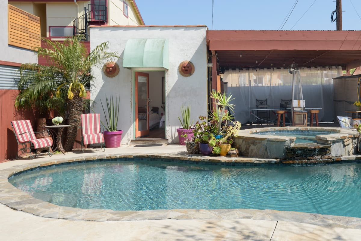 Venice Beach Guest Studio with Pool and Hot Tub