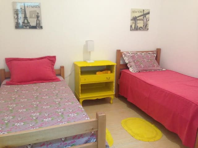 Vila Mariana Doce Ville, Suite 2 - Amarela