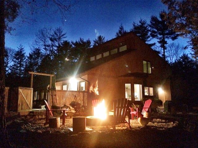 Architectural Zen Oasis - Woodstock