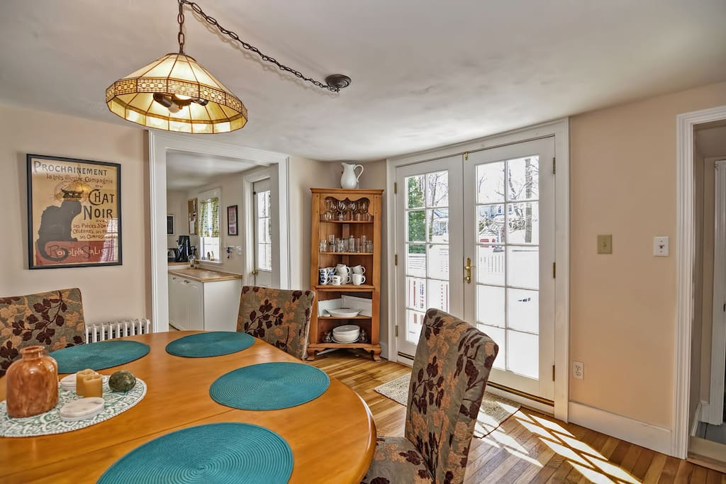 Meet Me On South Street-French doors lets lots of natural light in to the dining room.