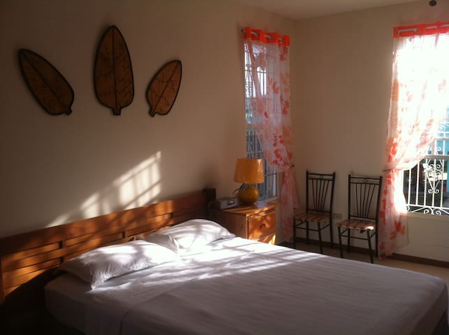 Private Room AC, WiFi Belize City - Belize stad - Hus