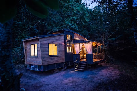 Eco-friendly COTTAGE in the wood