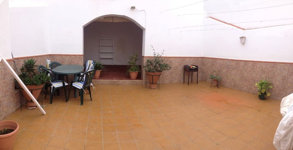 Casa indep. en el centro 4 ha/7 prs - Cartaya - Дом