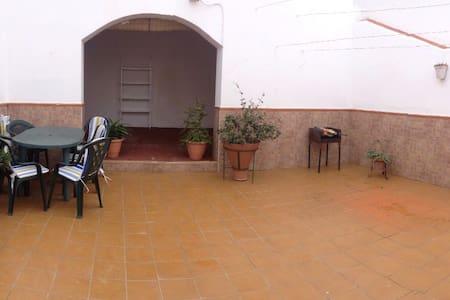 Casa indep. en el centro 4 ha/7 prs - Cartaya - Rumah