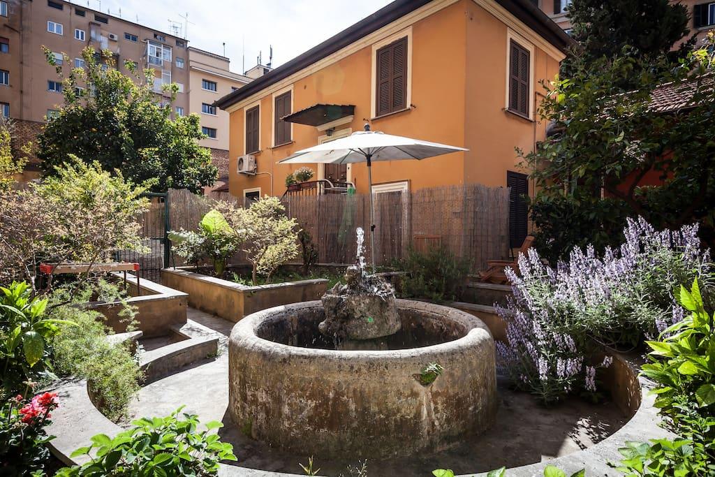 le jardin de trastevere appartements louer rome latium italie. Black Bedroom Furniture Sets. Home Design Ideas