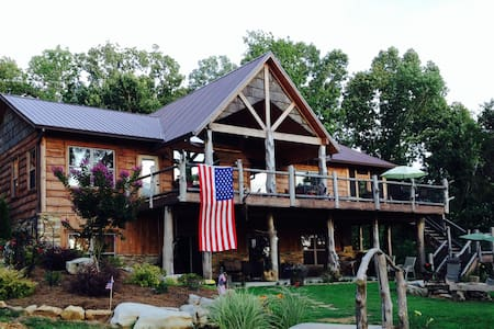 Lake Shore Cabin-sleeps 6 - Guntersville - Cabane