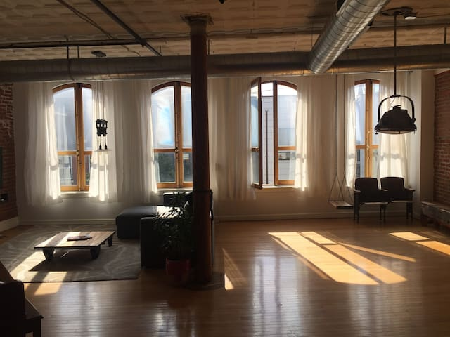 One of the kind, very unique 1bedroom Loft