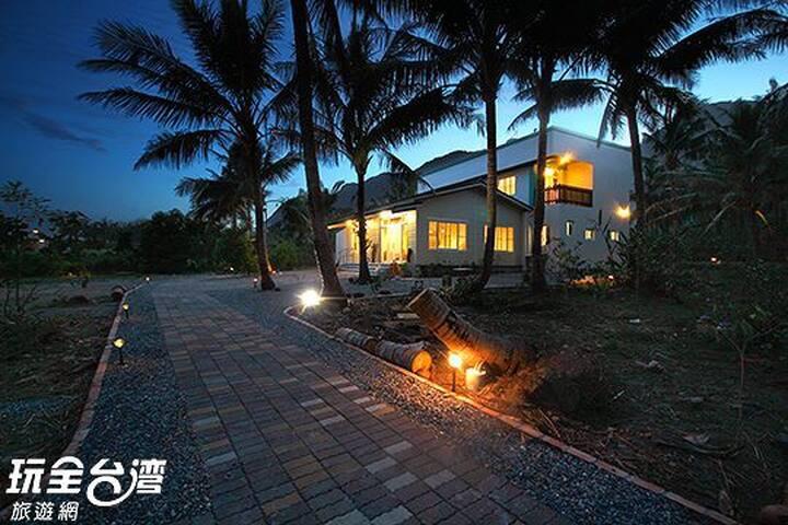 台東木頭魚民宿-活力石斑雙人房 - Chenggong Township - Bed & Breakfast