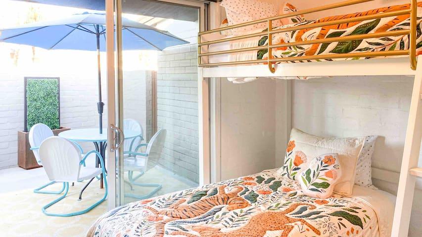 First floor bunk bedroom with en-suite.