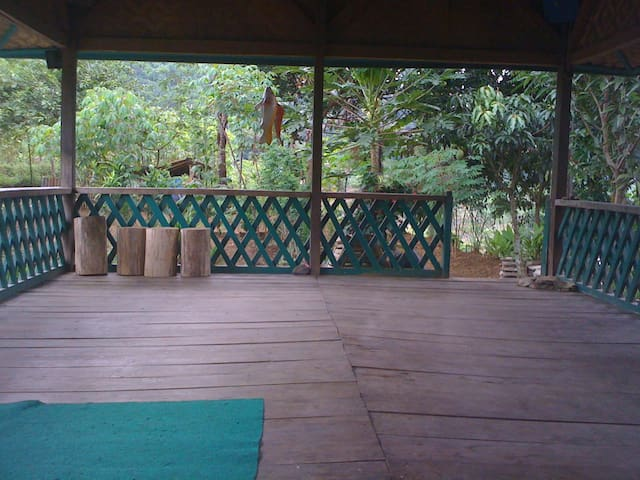 Lion Hill - Bandung - Casa de campo