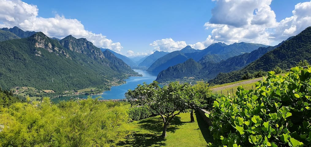 B&B with stunning view of Lago d'Idro