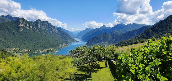 B&B with stunning view of Lago d'Idro