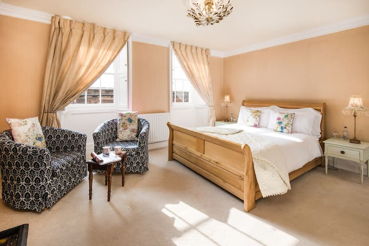 A 5* Gold rated B&B - Walls Room