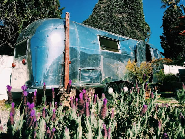 The LandYacht - Airstream Camper