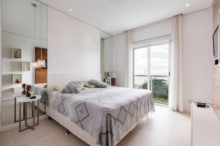 Florianópolis excelente apartamento no Santinho